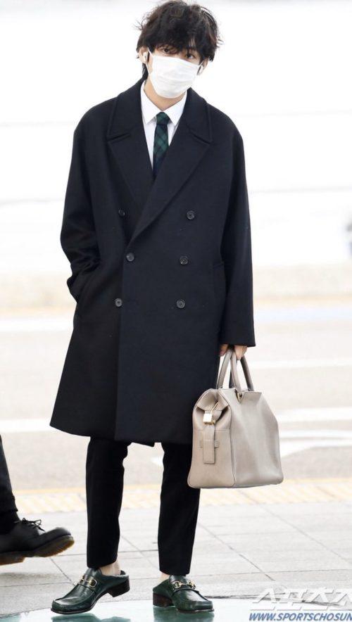 私服 キム テヒョン 決定版! BTS(防弾少年団)のファッションや愛用ブランドを総まとめ(私服・衣装・ヘアメイク)
